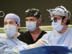 Grey's Anatomy 03x18 : Scars and Souvenirs- Seriesaddict